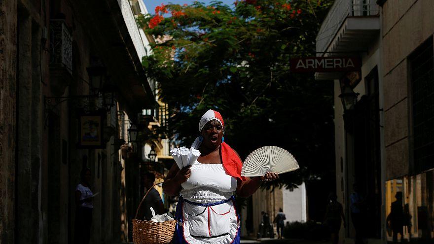 Los pregoneros vuelven a las calles de Cuba