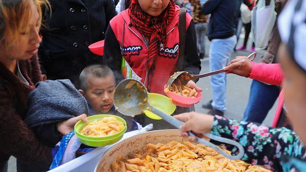 Ollas populares en Buenos Aires para pedir que se declare la emergencia alimentaria
