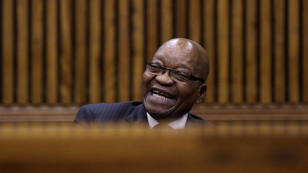 Zuma: Beyazların elindeki arazileri kamulaştırma zamanı geldi