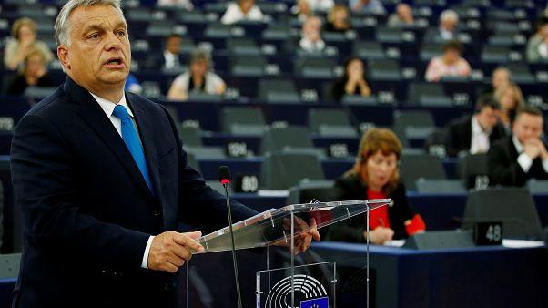Η Βαρσοβία στο πλευρό της Βουδαπέστης για το άρθρο 7