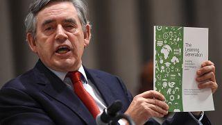گوردون براون: آرام آرام به سوی یک بحران اقتصادی دیگر می رویم