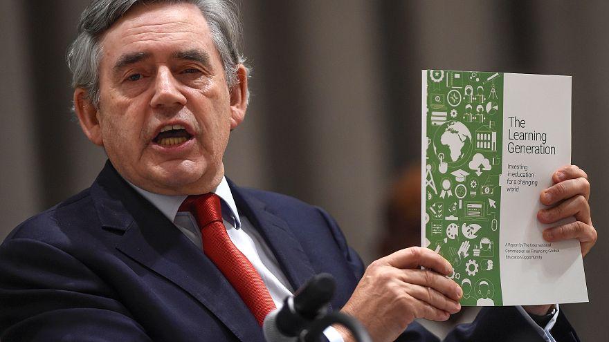 Image result for گوردون بروان: آرام آرام به سوی یک بحران اقتصادی دیگر می رویم