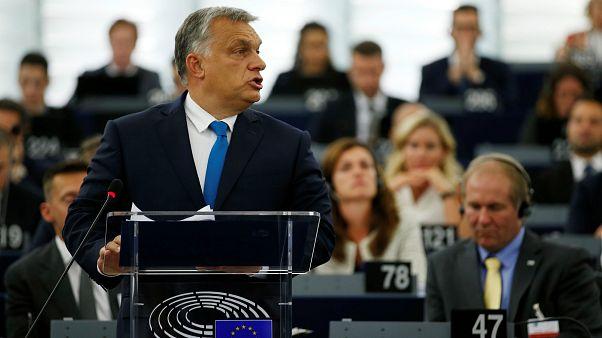 Populista európai pártok felé nyithat Orbán