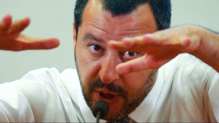 وزیر کشور ایتالیا: مهاجران بیمار هستند و بیماری را به کشور میآورند
