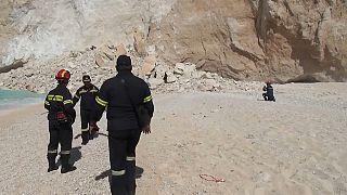 Derrumbe en una playa de la isla griega de Zante