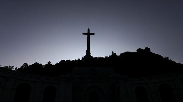 Diktatör Franco'nun kaldırılmasına karar verilen Madrid'deki mezarı