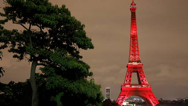 Japan in Paris: Jubiläum am Eiffelturm