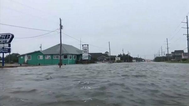إعصار فلورانس يضرب ويلمنغتون بكارولاينا الشمالية