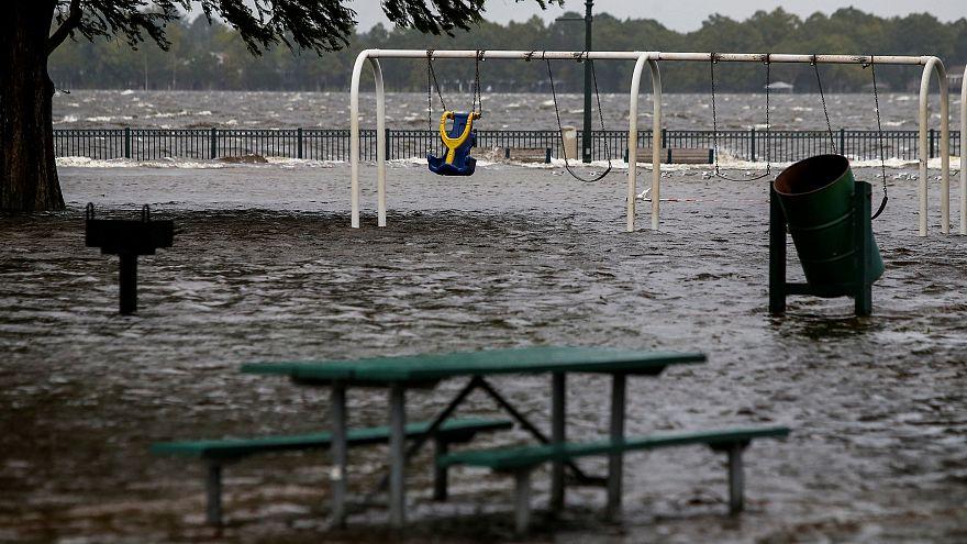 Furacão Florence já fez mortos nos EUA