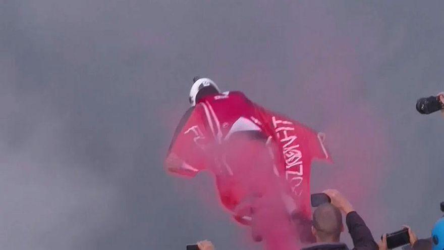 Gefährliches Fliegen: Base-Jumping-Weltmeisterschaft