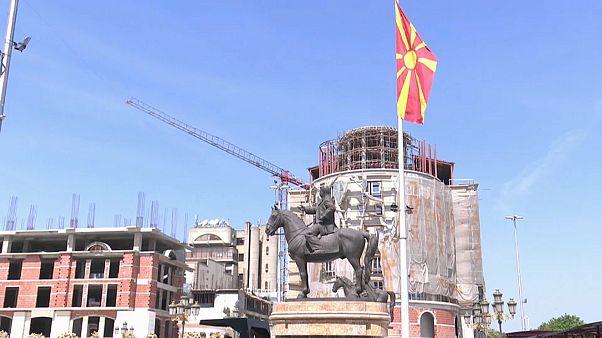 Macedónios devem aprovar mudança de nome do país