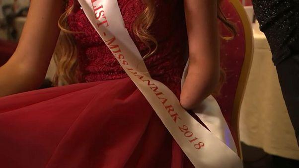 شاهد: متسابقة على لقب ملكة جمال الدنمارك بذراع واحدة