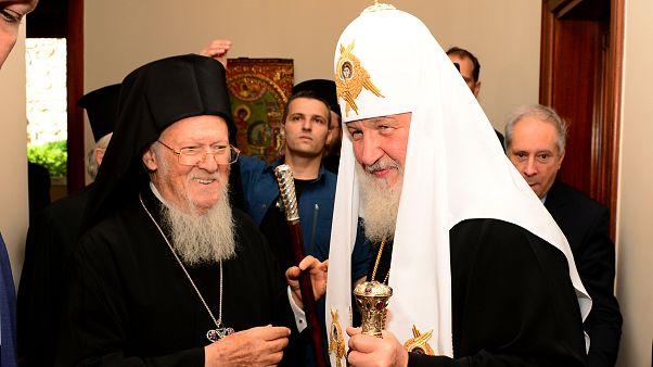 Ortodoks Camiası'nda ayrılık: Rus Ortodoks Kilisesi Fener Rum Patrikhanesi ile ilişkileri dondurdu
