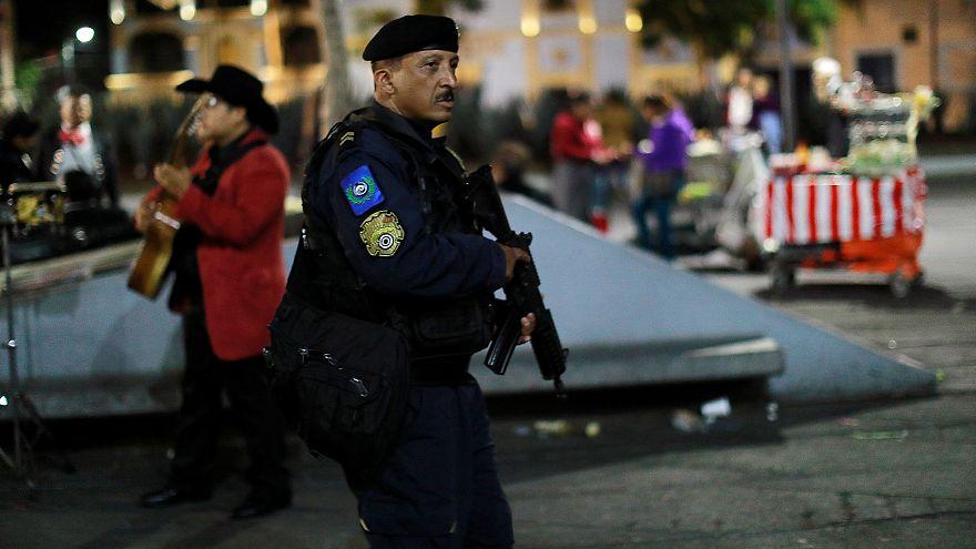 Three killed in Mexico City tourist hotspot, police chase 'mariachi' gunmen