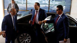 الحزب الحاكم في تونس يجمد عضوية رئيس الحكومة