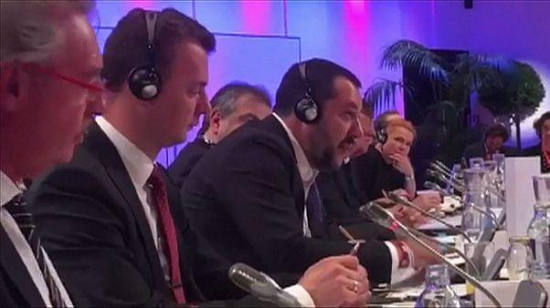 شاهد: سجال حاد بين وزيرين أوروبين حول ملف الهجرة