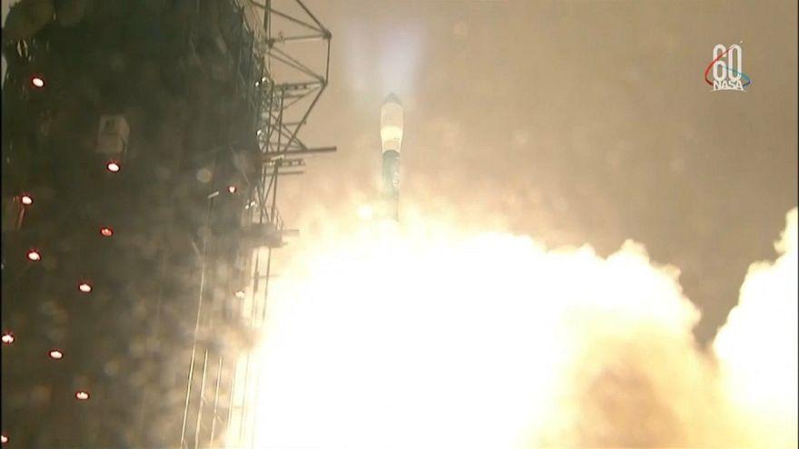 La NASA lanza un satélite que estudiará el estado de la superficie helada la Tierra