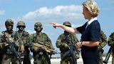 Alman Savunma Bakanı Ürdün'deki askeri üssü ziyaret etti