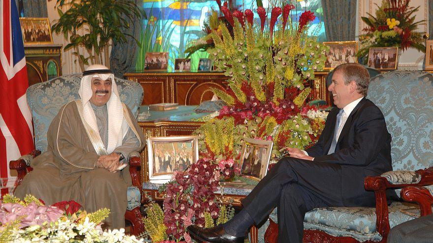 معان الصانع، صاحب مجموعة سعد التجارية السعودية مع الأمير أندرو البريطاني