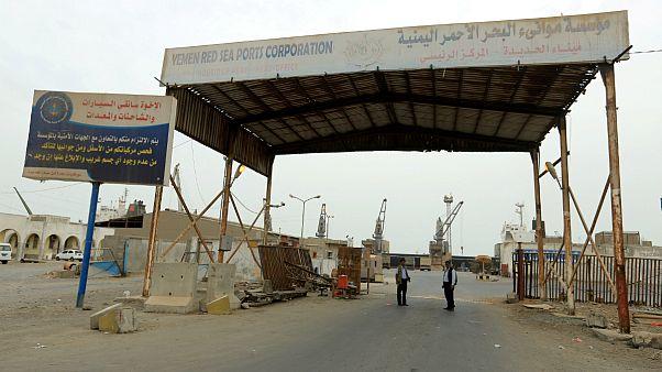 دستکم ۳۲ نفر از شورشیان حوثی در بندر حدیده کشته شدند