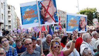 Milhares de húngaros manifestaram-se em Budapeste contra o governo