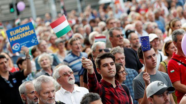 Βουδαπέστη: Διαδήλωση κατά του Βίκτορ Όρμπαν