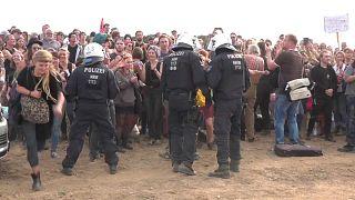 احتجاجات في ألمانيا على قضم غابة لأجل توسعة منجم فحم