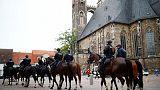 Cientos de neonazis alemanes marchan en la ciudad de Köthen