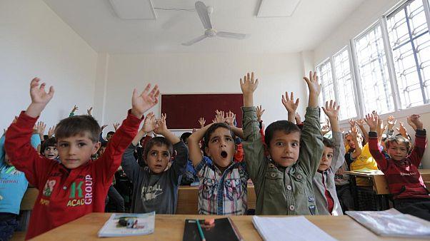 Okullar açıldı: 18 milyon öğrenci ders başı yapıyor
