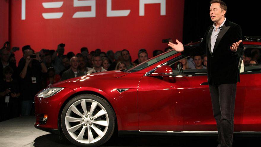 Tesla CEO'su Musk: Üretim cehenneminden çıktık dağıtım cehennemine geçtik