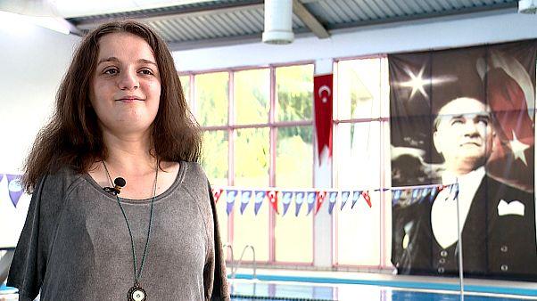 Video | Paralimpik milli yüzücü Sümeyye Boyacı: Kendimi suda sınırsız hissediyorum
