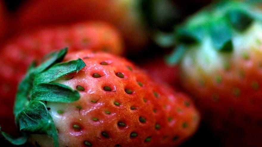 Australia: si diffonde lo spavento per gli aghi trovati nelle fragole