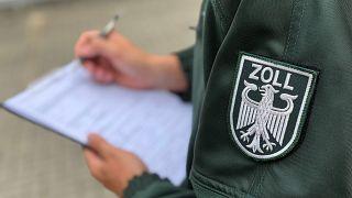 Statt Mindestlohn so um die 5 Euro - erschreckende Ergebnisse der Zoll-Kontrollen