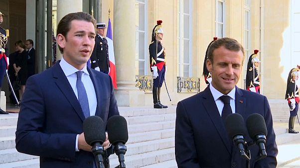 Austria ultima una cumbre africana, Francia quiere más expulsiones