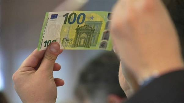 ECB's Mersch unveils new 100 and 200 euro banknotes
