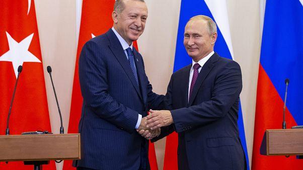 الرئيسان، الروسي فلاديمير بوتين والتركي رجب طيب إردوغان في سوتشي بروسيا