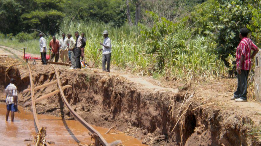 Nijerya'da aşırı yağışlarda 100 kişi hayatını kaybetti