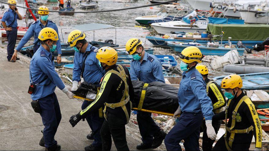 Le chaos à Hong Kong après le typhon Mankghut