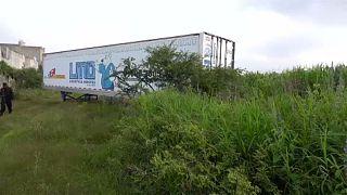 Mexikó: Hűtőkamionban tárolják a halottakat