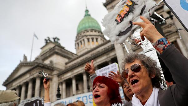 """Argentina presenta un """"austero"""" presupuesto para 2019"""