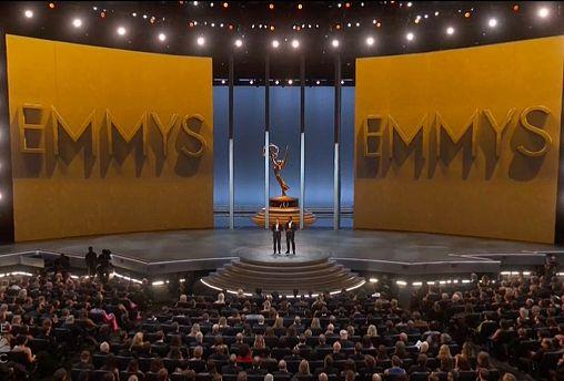 """""""Juego de tronos"""" conquista los Emmy"""