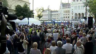 بدء سلسلة من المظاهرات تهدف لإسقاط رئيس الوزراء المجري أوربان