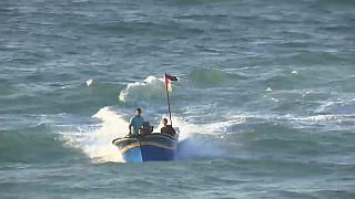 تظاهرات ساکنان غزه با قایقها؛ محاصره ۱۱ ساله را پایان دهید