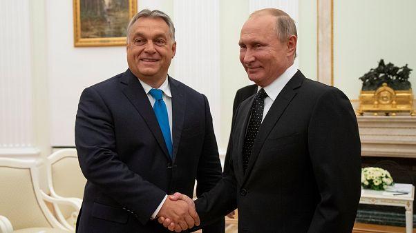 Μόσχα: Τη στενή σχέση τους επιβεβαίωσαν Πούτιν και Όρμπαν