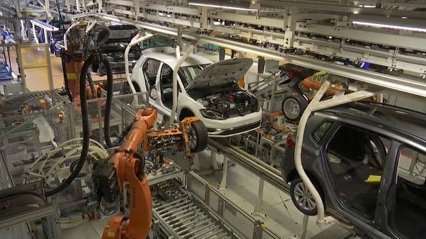 Antitrust UE apre inchiesta su case automobilistiche tedesche