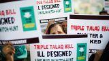 مظاهرات نسائية للتنديد بالطلاق بالثلاثة