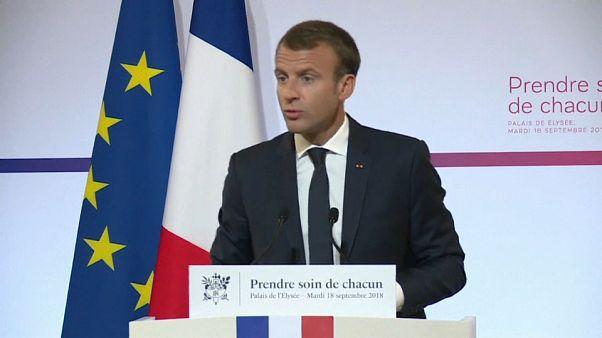 Macron, con el agua al cuello