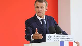 Prügel und Rücktritte: Schwierige Zeiten für Emmanuel Macron