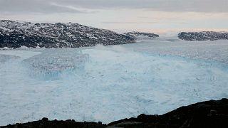 الانهيارات الجليدية تتسبب بارتفاع منسوب مياه البحار عالميا... وعلماء يحذرون