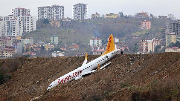 """Trabzon'da pistten çıkan uçağın """"millet kıraathanesi"""" olmasına onay"""